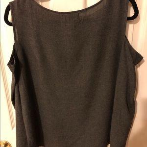 cloth & stone Tops - Cloth & Stone cut off shoulders top